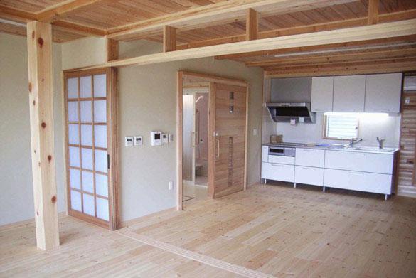 横浜市戸塚区 無垢の木のキッチン